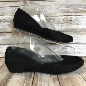 Kelly & Katie Size 7 Black Sparkly Dress Flats.